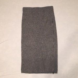Banana Republic warm midi skirt with sexy zipper